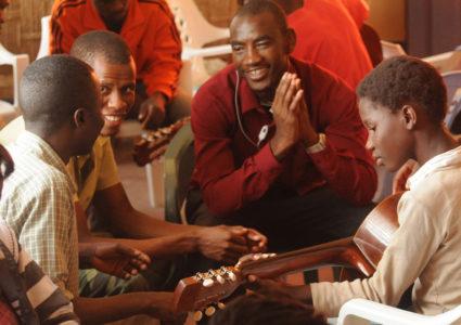 schulprogramm_projektpate_kinder_afrika_planet_children_kinderhilfswerk